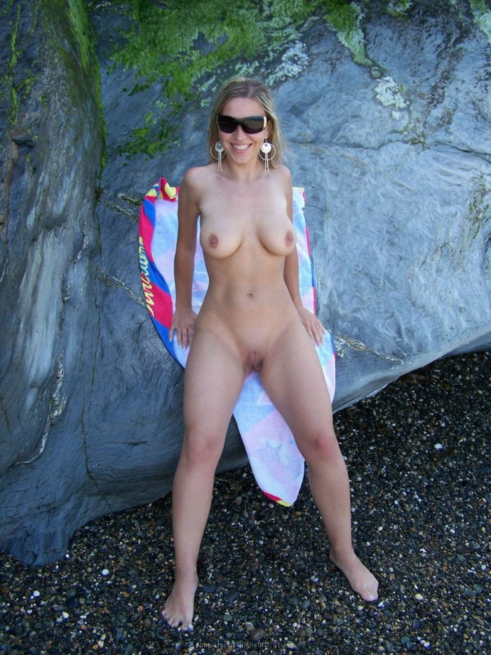 Sexy girl with big boobs and big pussy sucks cock outdoors and at home