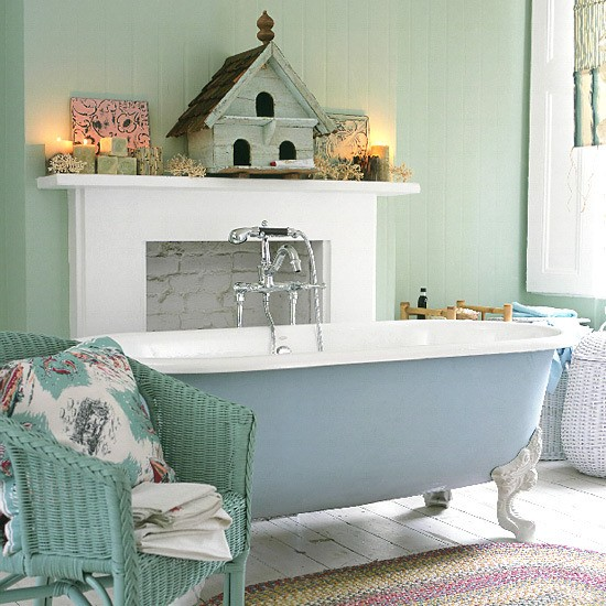 Five Unique Shabby Chic Bathrooms To Inspire You Rustic Crafts - shabby chic bathroom ideas