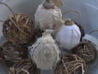 Ten Easy DIY Christmas Ornaments - Rustic Crafts & Chic Decor