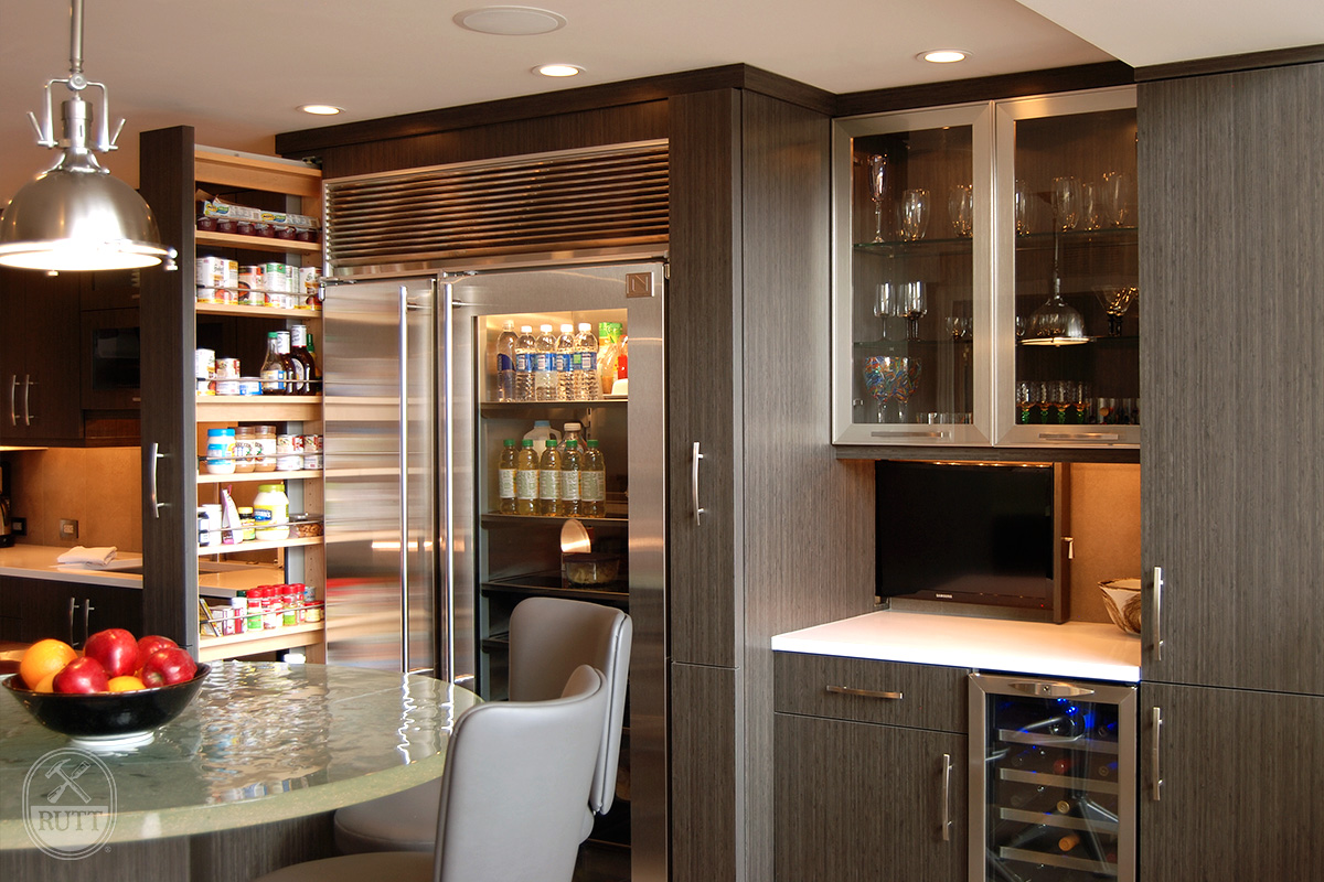 Modern Pittsburgh Kitchen Rutt Handcrafted Cabinetry