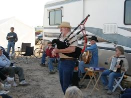 Enjoying the Bagpipes - WIN RV Singles