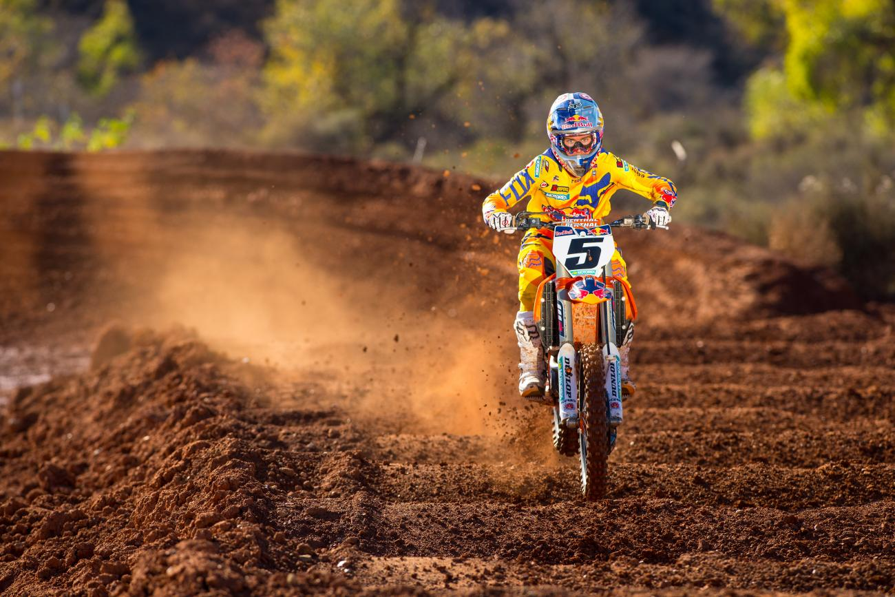 Ktm Motocross Wallpaper Hd Who Will Win The 2015 Monster Energy Supercross