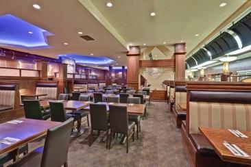 Restaurant Holiday Inn Montreal