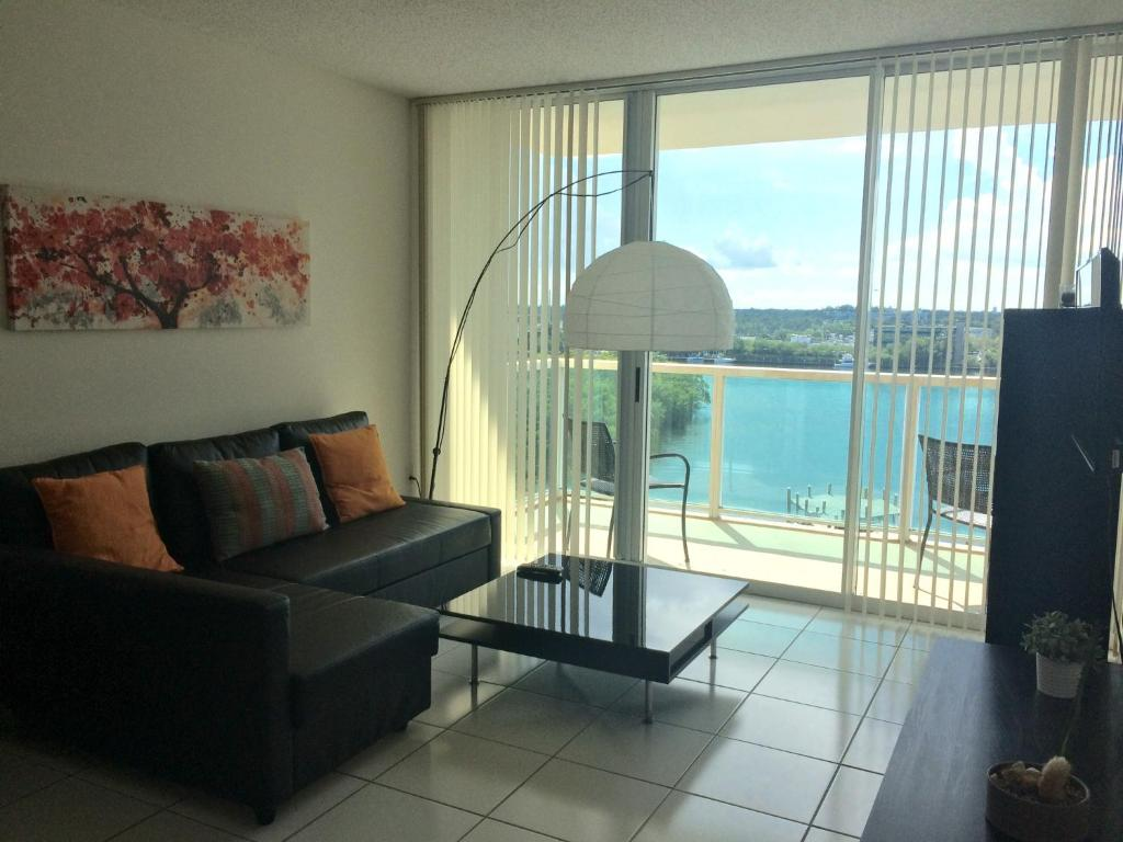 Apartments For Rent In The Apartment Intracoastal By Rent Miami 305 Sunny Isles Beach Fl