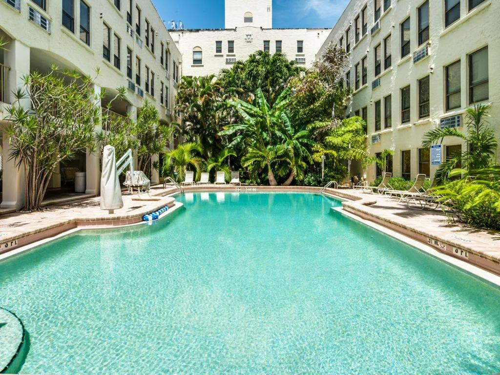 Cucina Palm Beach Condo Hotel Tropical Elegant Palm Beach Suite Fl Booking