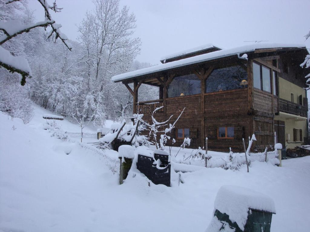 Chambre D Hote Chalet Bed And Breakfast Chambres D Hotes Source Morillon France