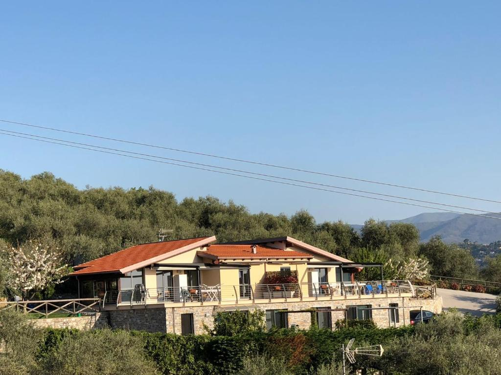 Mückenschutz Terrasse Vacation Home Into The Wild And Sea View Civezza Italy Booking