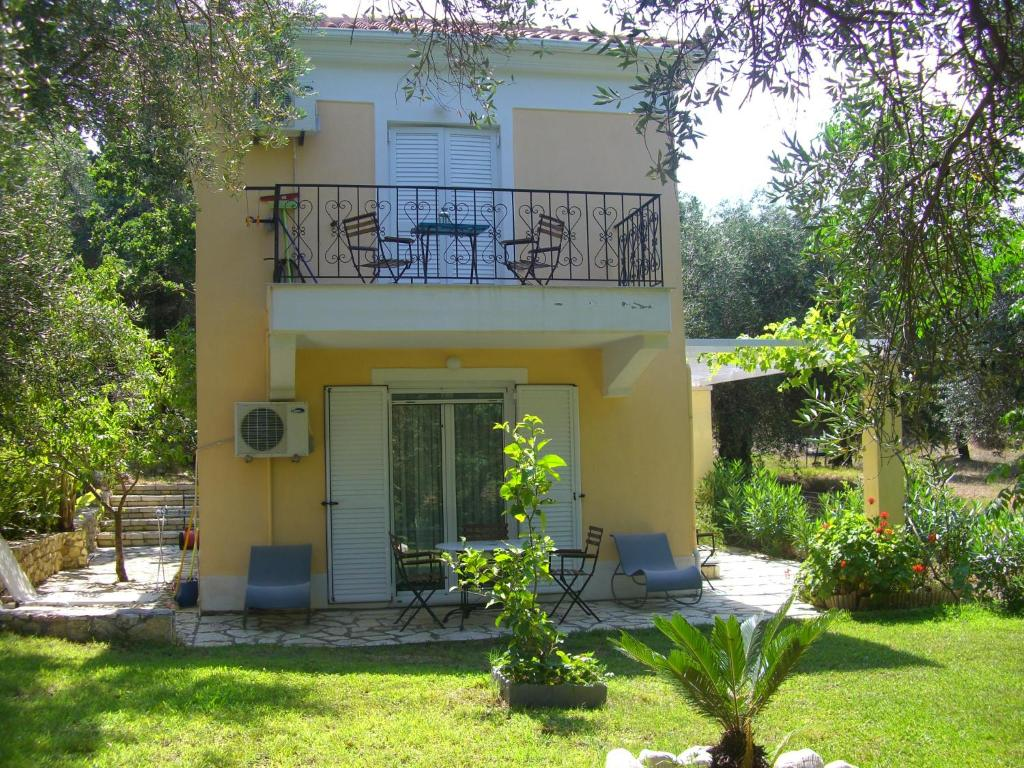 Kika Com Kika Apartments Syvota Greece Booking