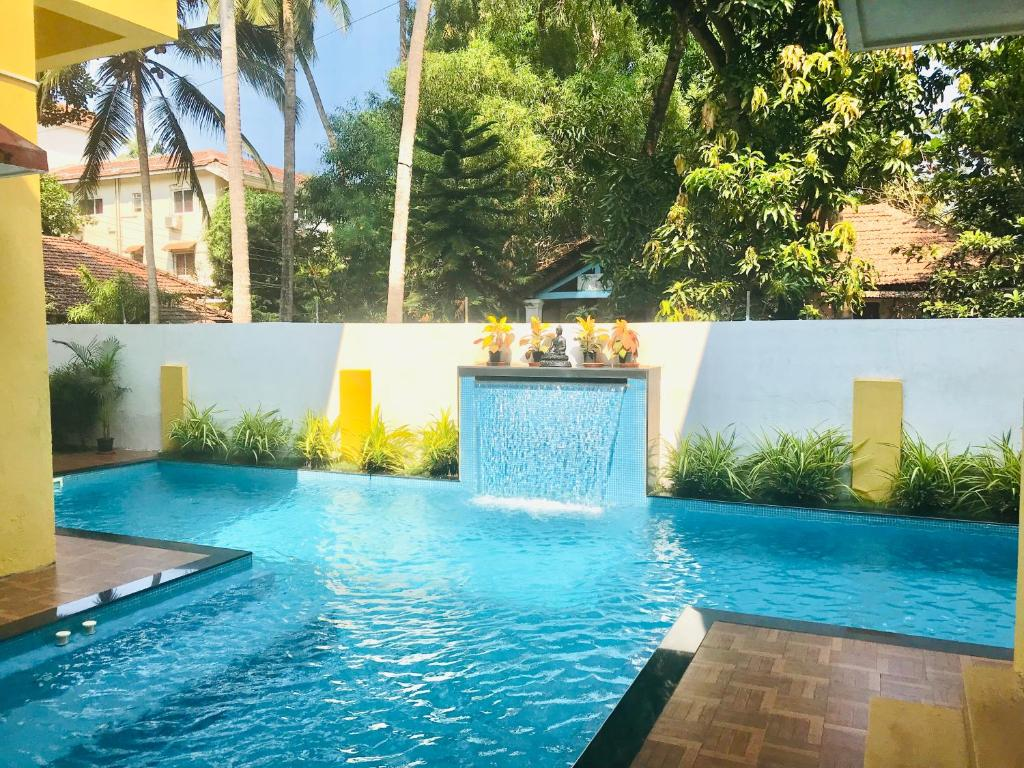 Jacuzzi Pool India Villa 6 Bhk With Pool Jacuzzi Saligao India Booking