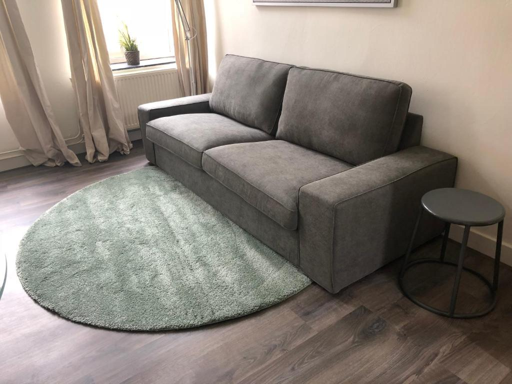 Seats And Sofas Genk Perfect Location Apartment 18b Maastricht Netherlands Booking