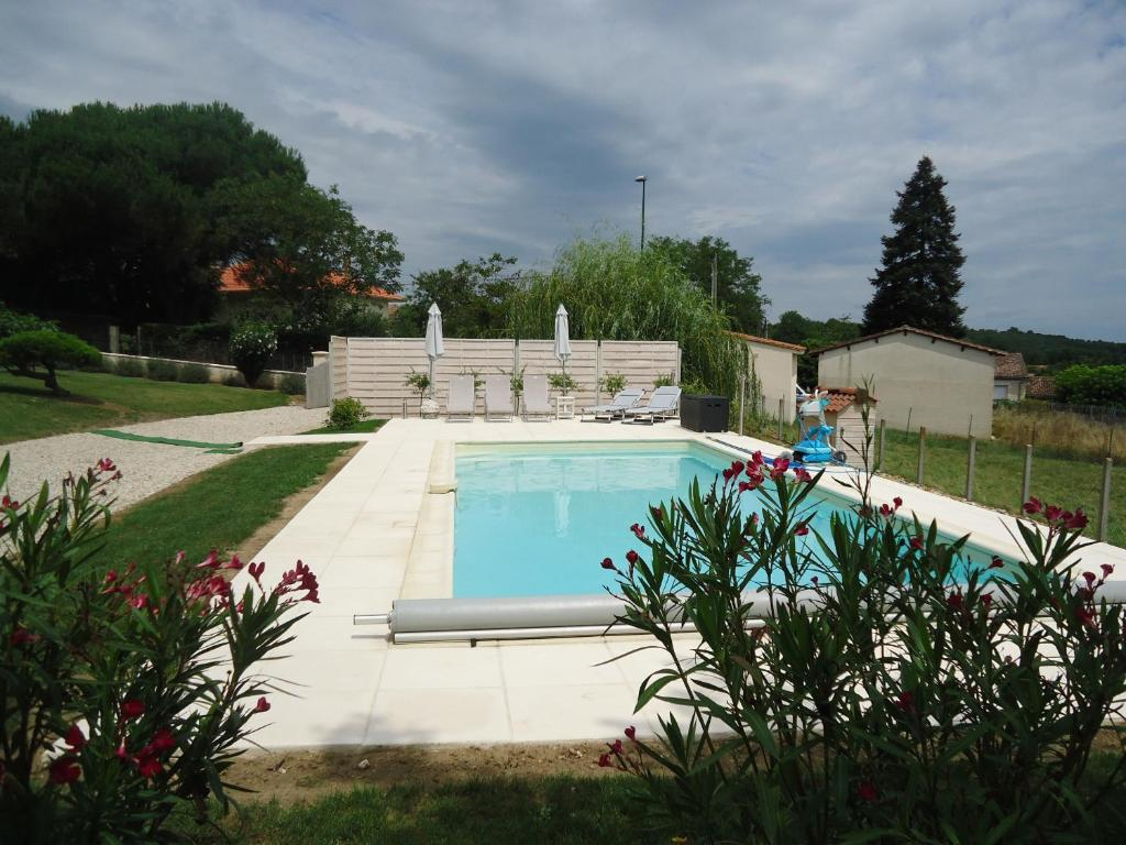 Pool Terrasse La Terrasse Douzillac Updated 2019 Prices