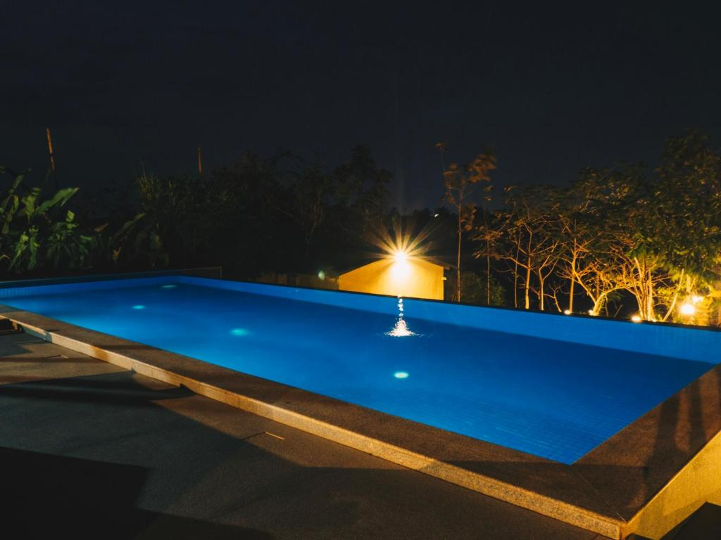 Jacuzzi Pool India Private Pool 5 Jacuzzi Cottages Calangute India Booking