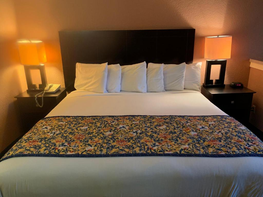Hotel Lincoln Hotel Lincoln Express And Oklahoma City Ok Booking