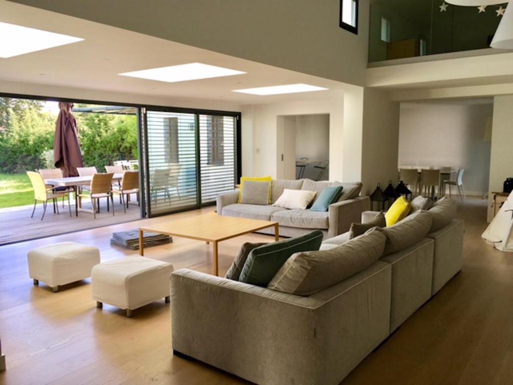 Salon Moderne Villa