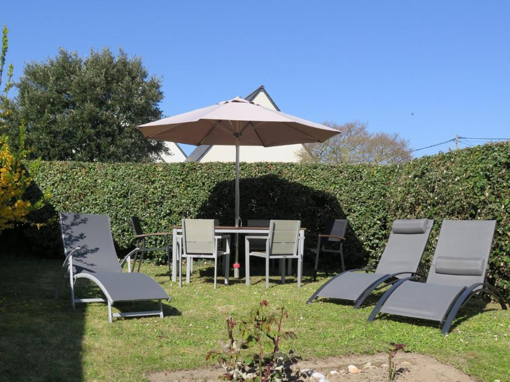 Cornouaille Chaises Holiday Home In Penmarch Saint Genole 35697 France Booking