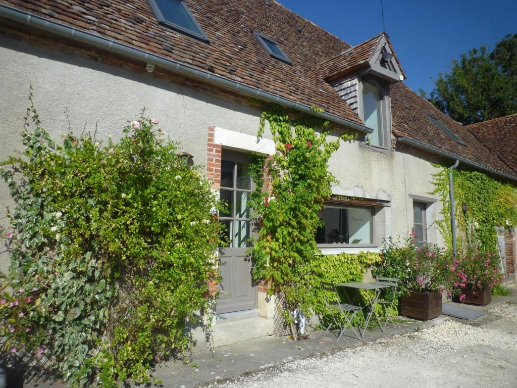 Chambre D Hote Cosne Cours Sur Loire Bed And Breakfast Chambres D Hotes Potiers Sens Beaujeu France