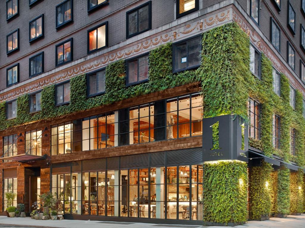 1 Hotel Central Park New York Ny Booking Com - Green Walls In New York