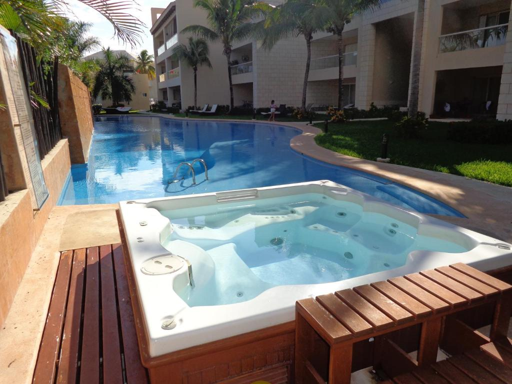 Pool And Jacuzzi Apartment Private Studio With Pool And Jacuzz Puerto Aventuras