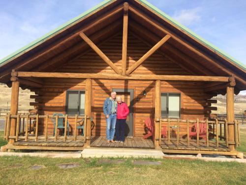 Medium Of Yellowstone Log Homes
