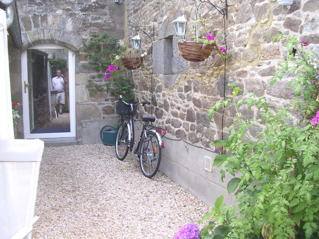Dinard Chambre D Hote Chambre D Hôte Priory View Dinan Dinan Updated 2019 Prices