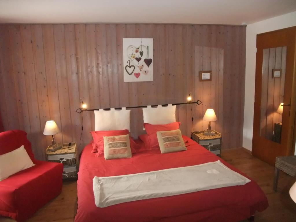 Chambre D Hote Tournon Sur Rhone Bed And Breakfast Le Domaine Du Grand Cellier Tournon France