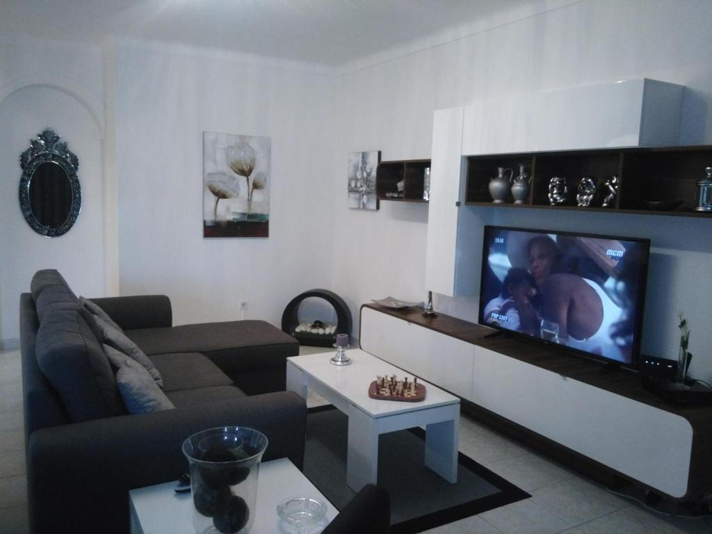 Sofa Cafe Franquia Calu Apartament Vila Nova De Milfontes Portugal Booking