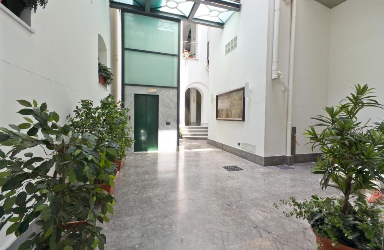 Lavanderia Self Service Palermo Apartment Palazzo Gallo Palermo Italy Booking