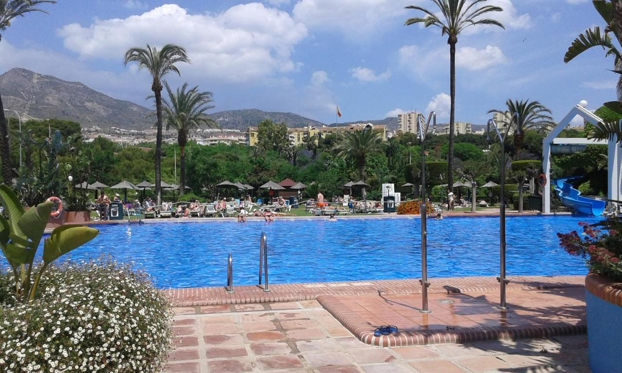 Grote Strandlakens Apartment Benal Beach Málaga Spain Booking