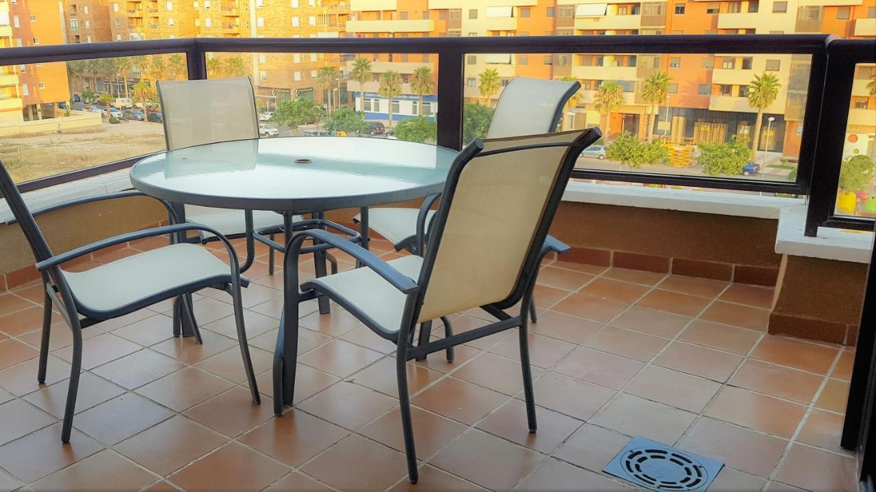 Xxl Sessel Roqu Stylish Apartments Aguadulce Sur Roquetas De Mar Spain Booking