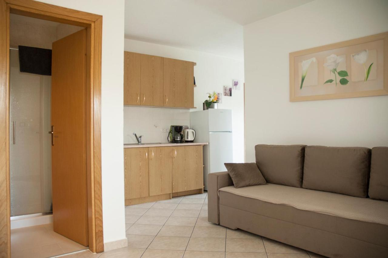 Bettsofa Chur Apartments Lidija Poreč Croatia Booking