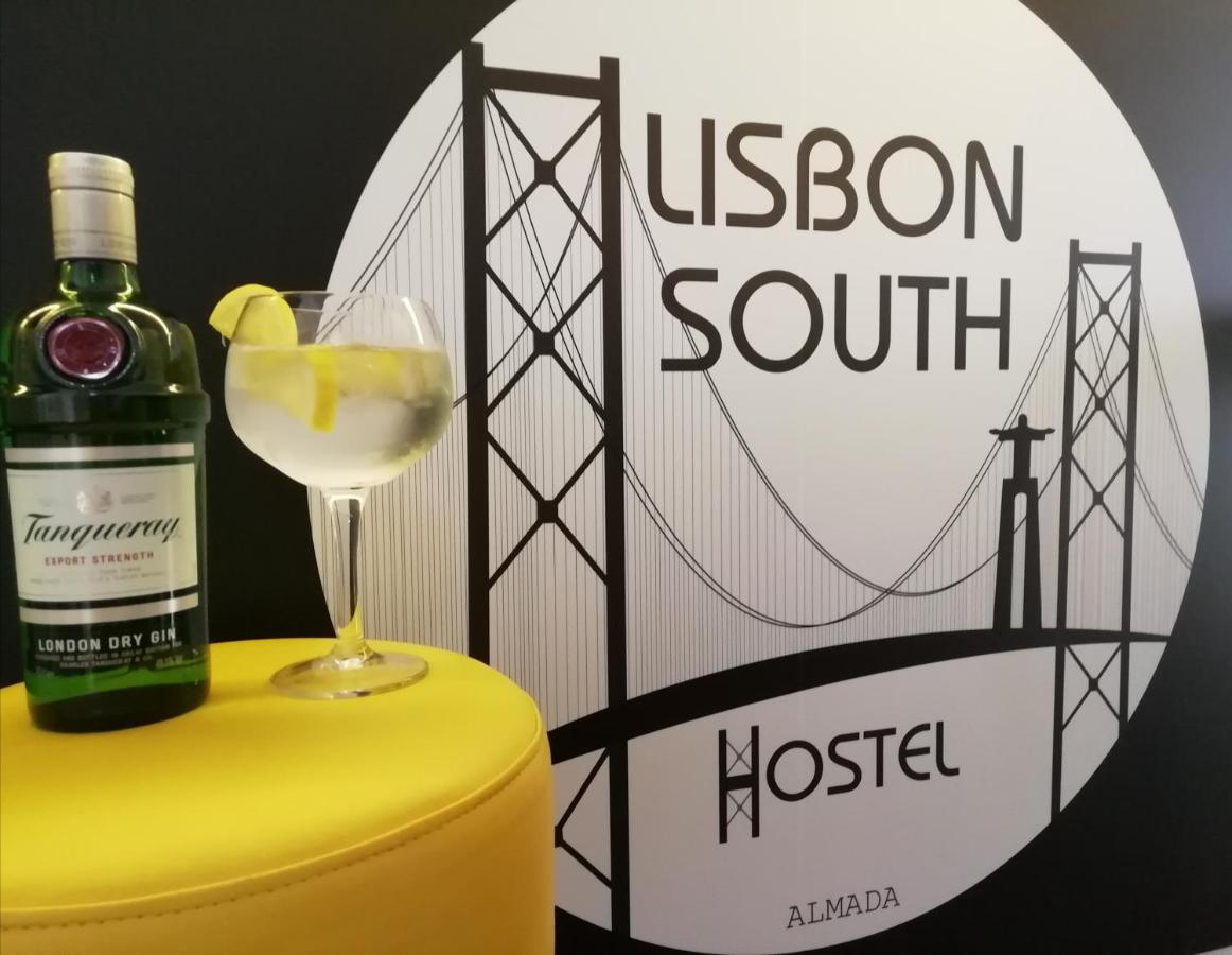 Vasco London Instant Live Lisbon South Hostel Almada Updated 2019 Prices