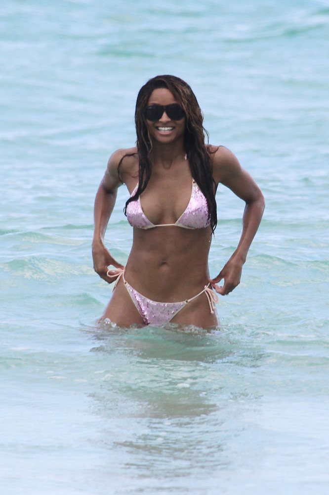 Celebrity Bikini Malfunctions Expose Stars On The Beach