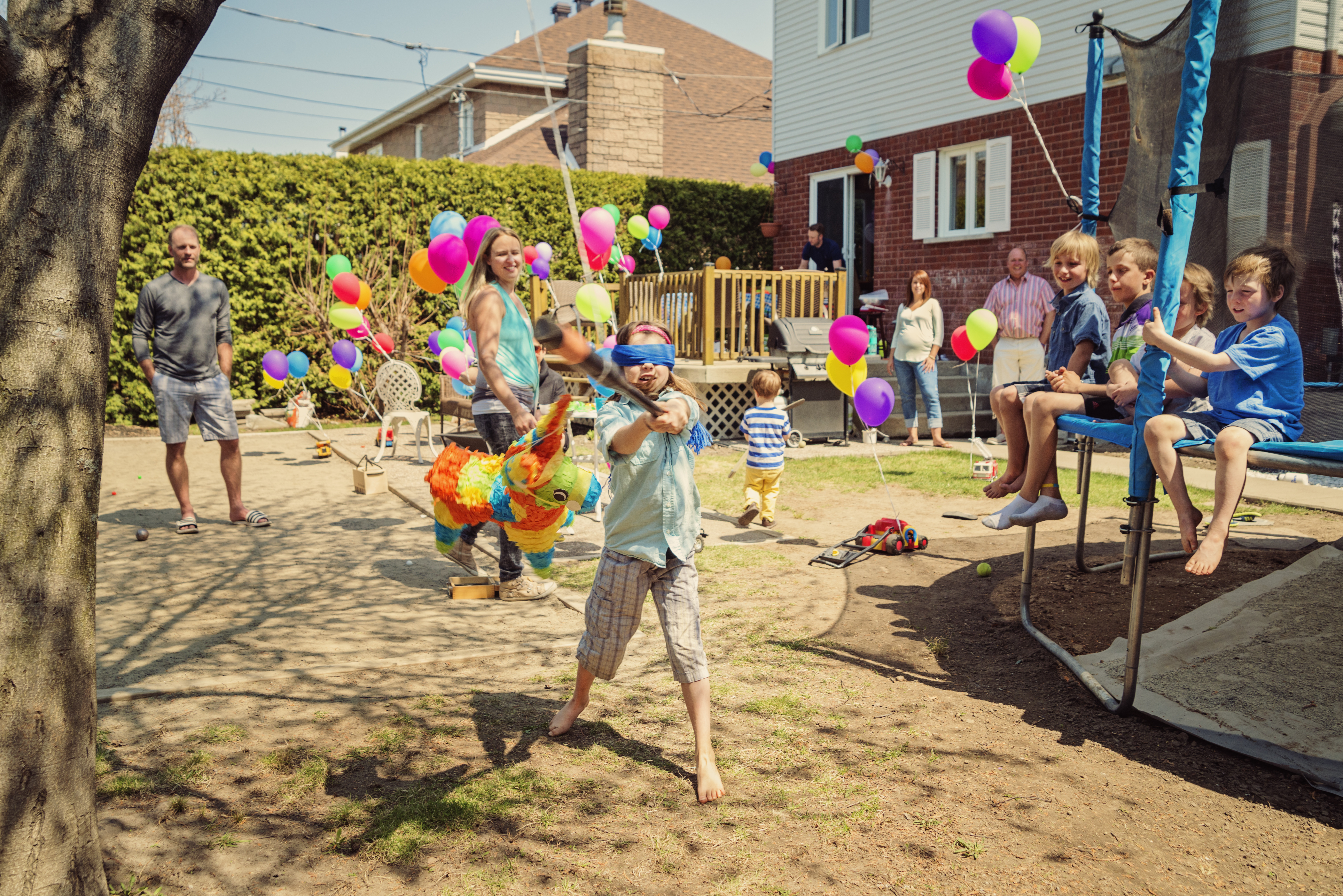 Little Kid Birthday Party Stop Throwing Big Birthday Parties For Your Kids Huffpost Canada