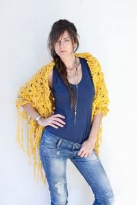 1000+ images about CECILIA DE BUCOURT Signature Shawl on ...