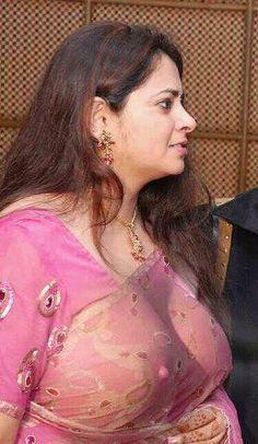 indian girl sari