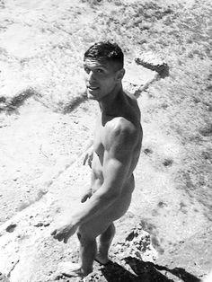 nude male athletes