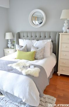 Various ways to showcase pillows on a bed need to know