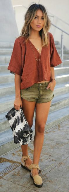 v-neck top, denim sh