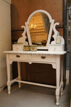 1000 Images About Kaptafel On Pinterest Lief Lifestyle Brocante And Vanities - Lief Kaptafel