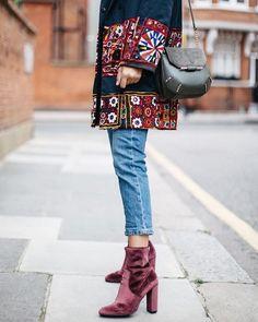 Shoes: velvet boots