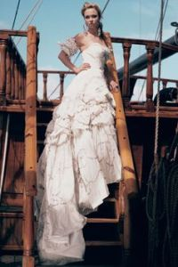 1000+ ideas about Pirate Wedding Dress on Pinterest ...