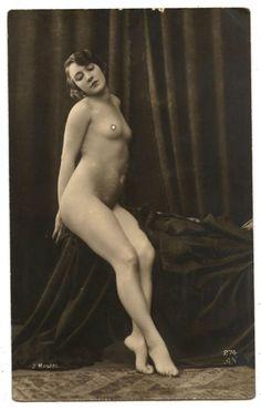 nude woman vintage circus