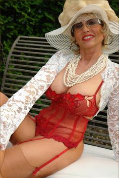 mature wife in corset