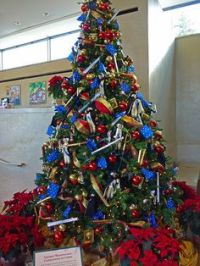 1000+ images about Military Christmas tree on Pinterest ...