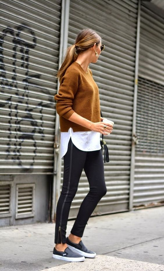 Photo via: The Quarter Life Closet When going to grab a quick coffee, you don't always want to take the time to get out of your comfortable clothing. Luckily, the athleisure trend is going strong and: