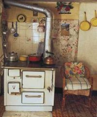 Cute English country cottage kitchen :) |  A Simpler Life ...
