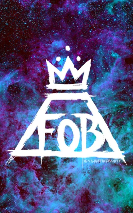 Fall Out Boy Phone Wallpapers Fob Wallpaper Fall Out Boy Google Search Cute Outifts