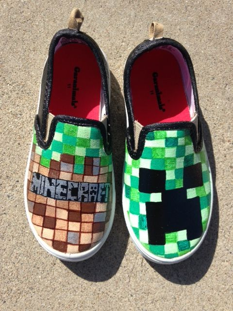 Minecraft Shoes (Etsy shop HeartFeltFeet )
