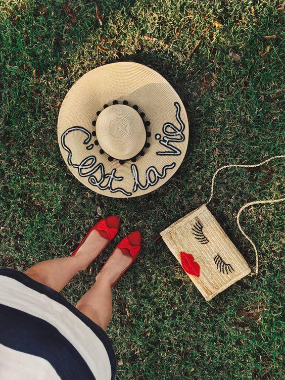 C'est la vie embroidered straw hat <3 chapéu de praia bordado!: