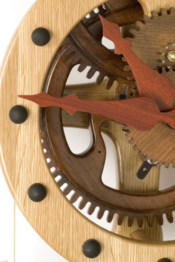Free Wooden Gear Clock Plans Download - Woodworking Projects